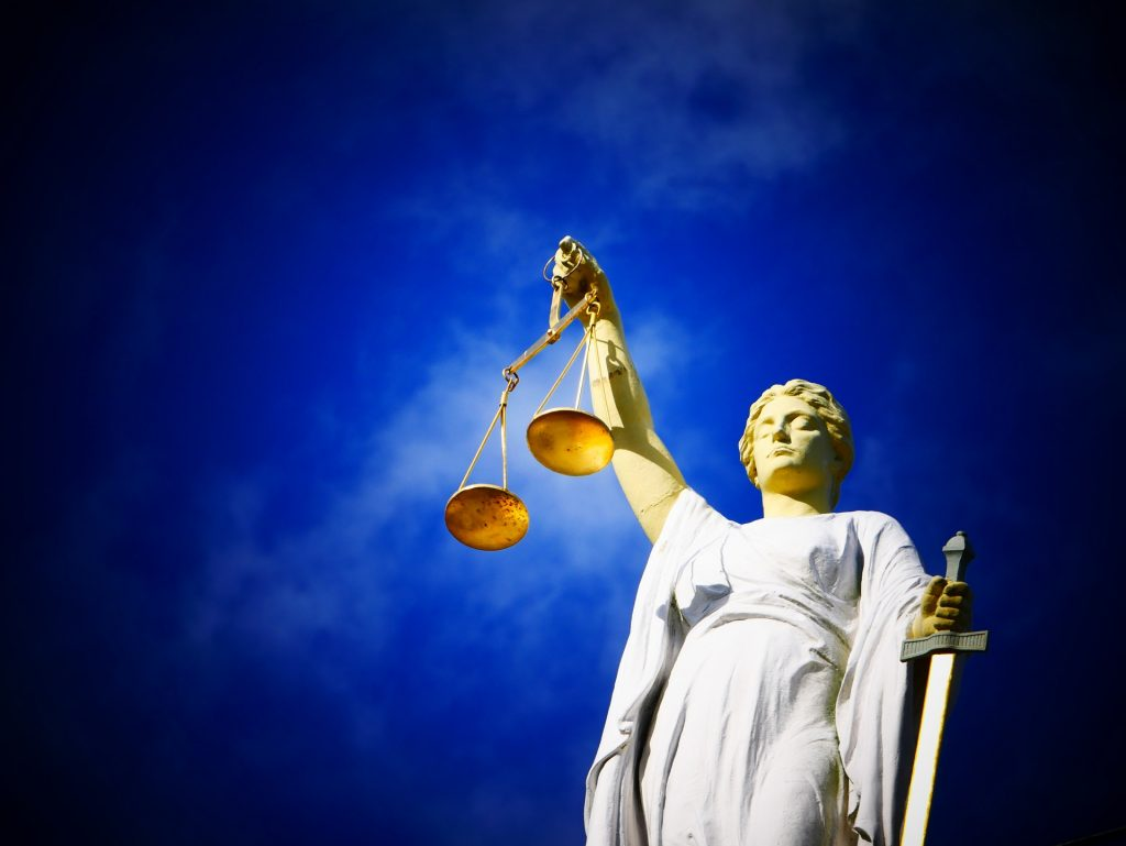 法廷-女神