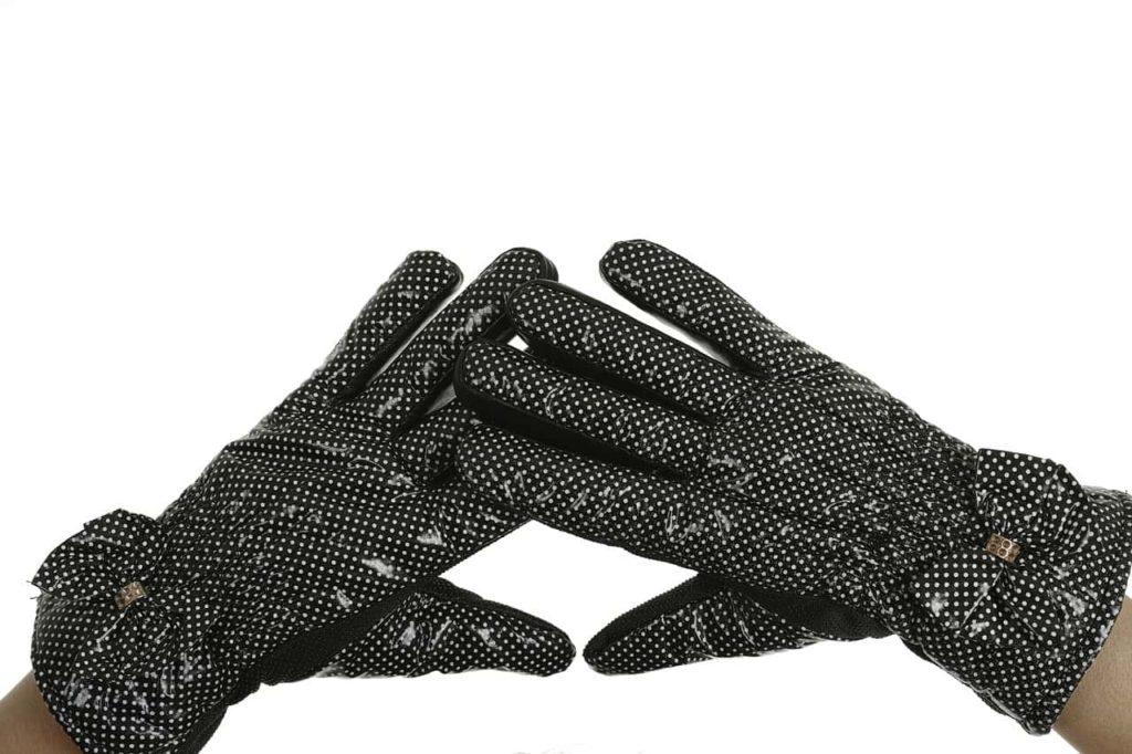 指先の肌荒れ予防